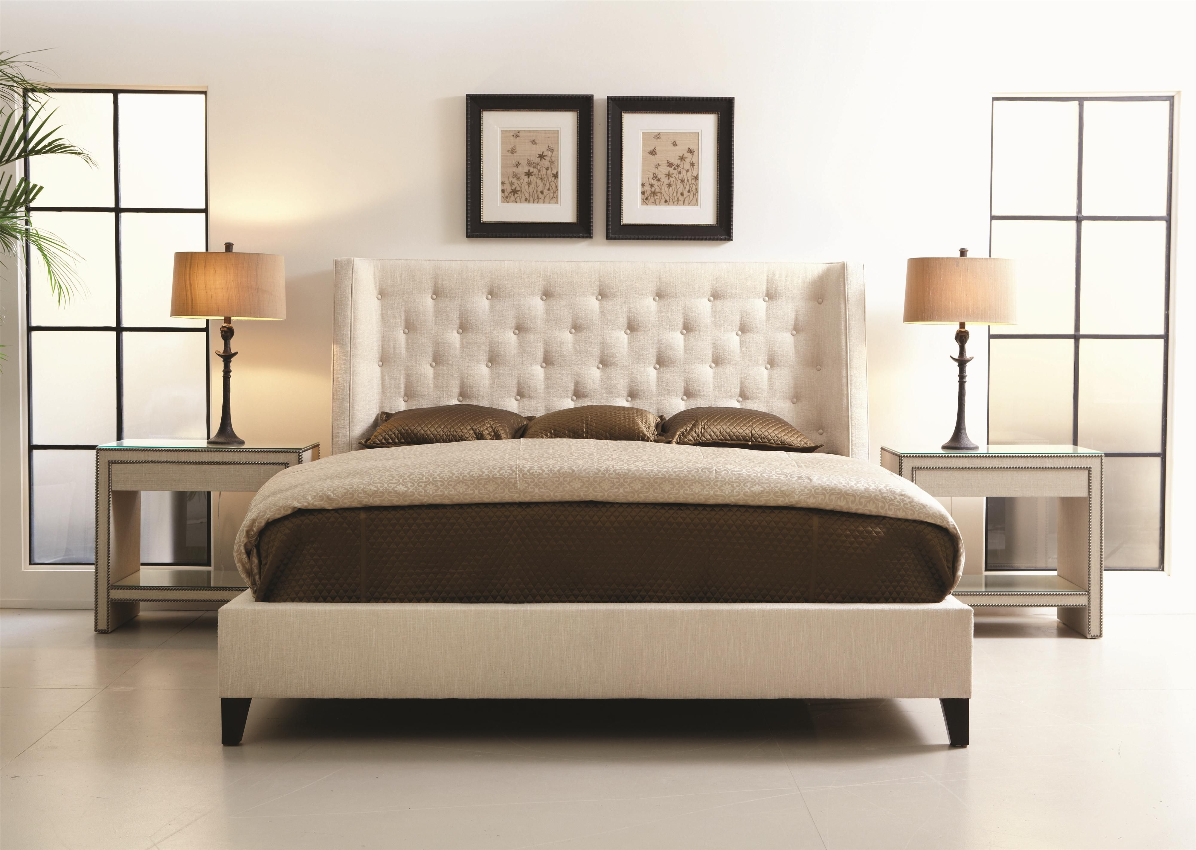 Maxime Contemporary King Upholstered Wing Bed