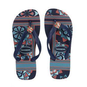 Código Pompéia: 64625 Chinelo Feminino Havaianas Chinelo Feminino Havaianas elaborado em borracha. Possui tiras robustas com aplicação de detalh