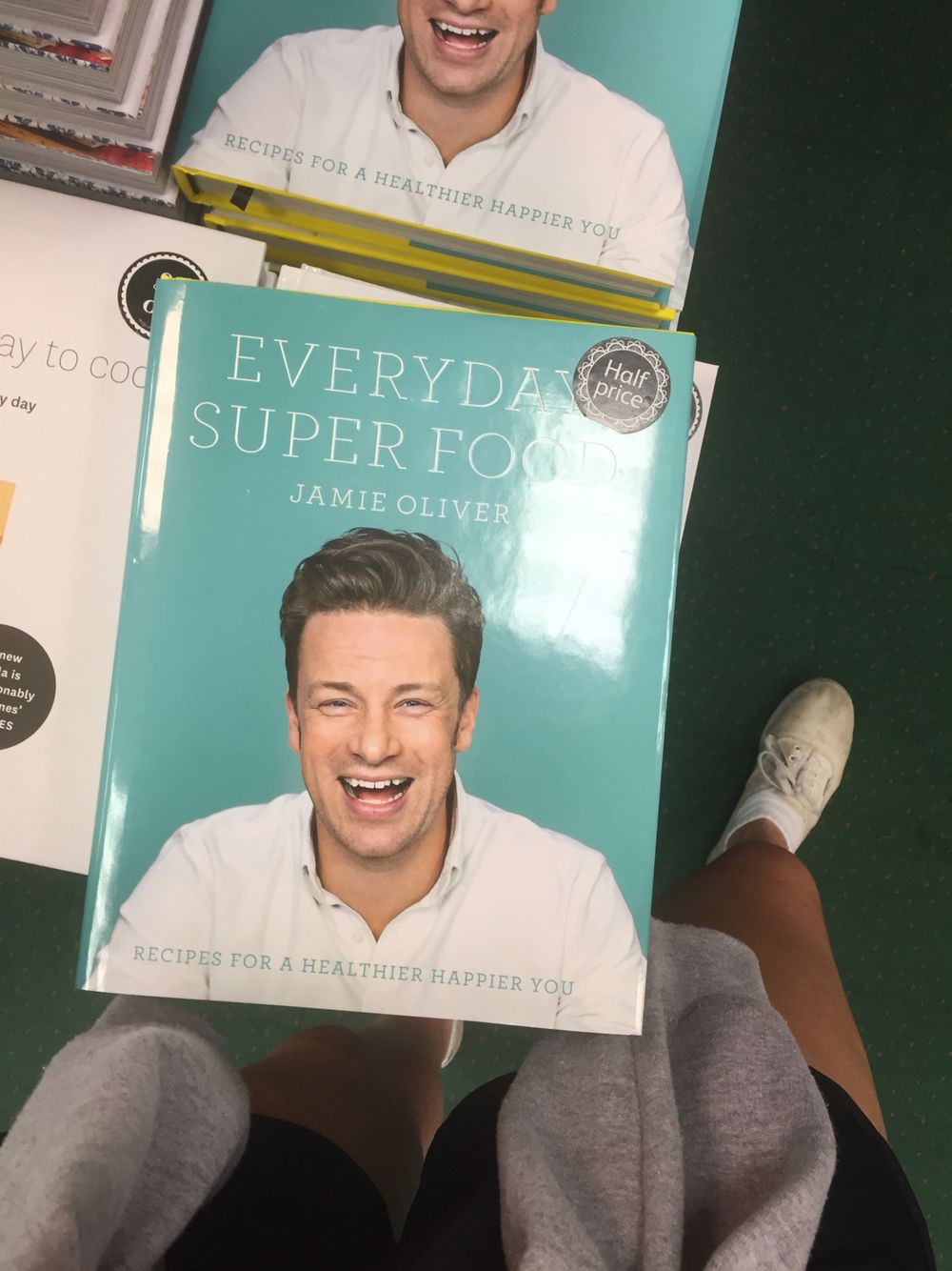 Jamie oliver superfood recipe book quick healthy midweek meals jamie oliver superfood recipe book forumfinder Choice Image