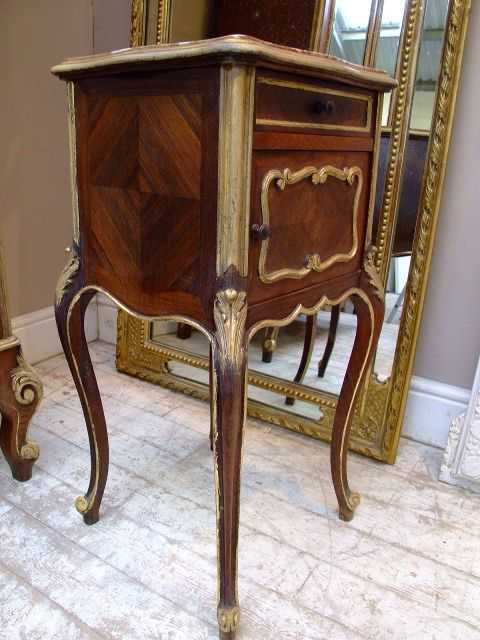 French antique furniture with gold leaf gilding on edges to highlight the  beauty of the carvings - French Antique Furniture With Gold Leaf Gilding On Edges To