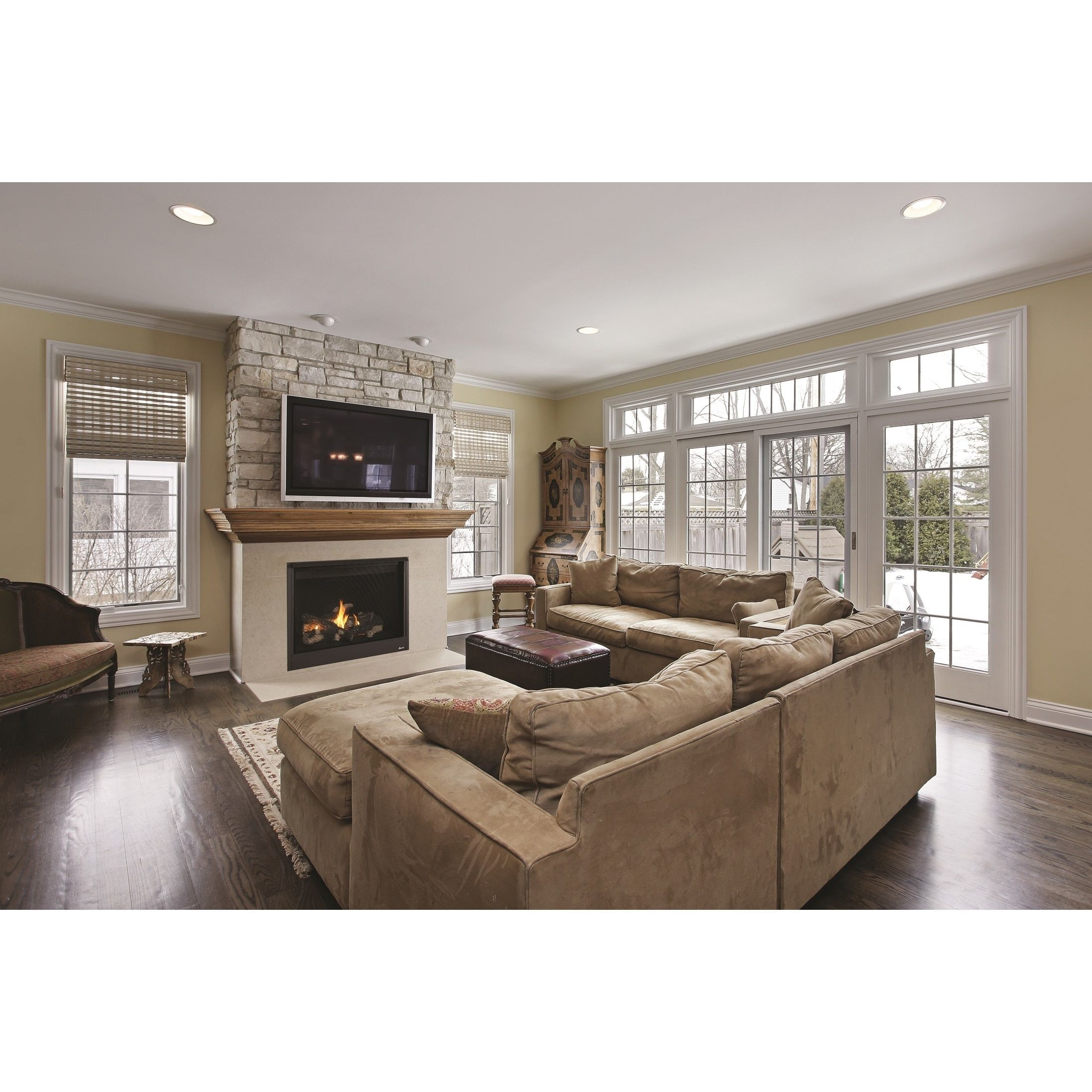 """Superior Direct Vent Fireplace Rear Vent 35"""" (Natural Gas"""