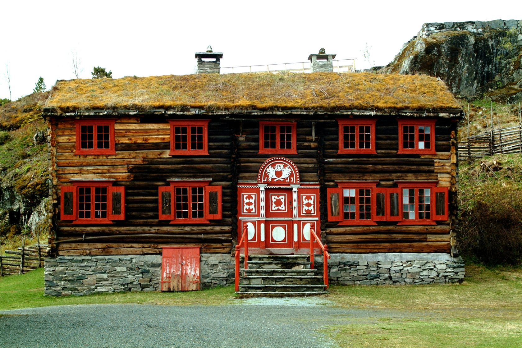 Sverresborg Trøndelag Folk Museum, 70+ acres of open air & indoor exhibits, including 80+ historical buildings, artifacts & photos.  The organization also manages other local museums, including a Maritime Museum.  Pictures of artifacts can be found at  digitaltmuseum.no.