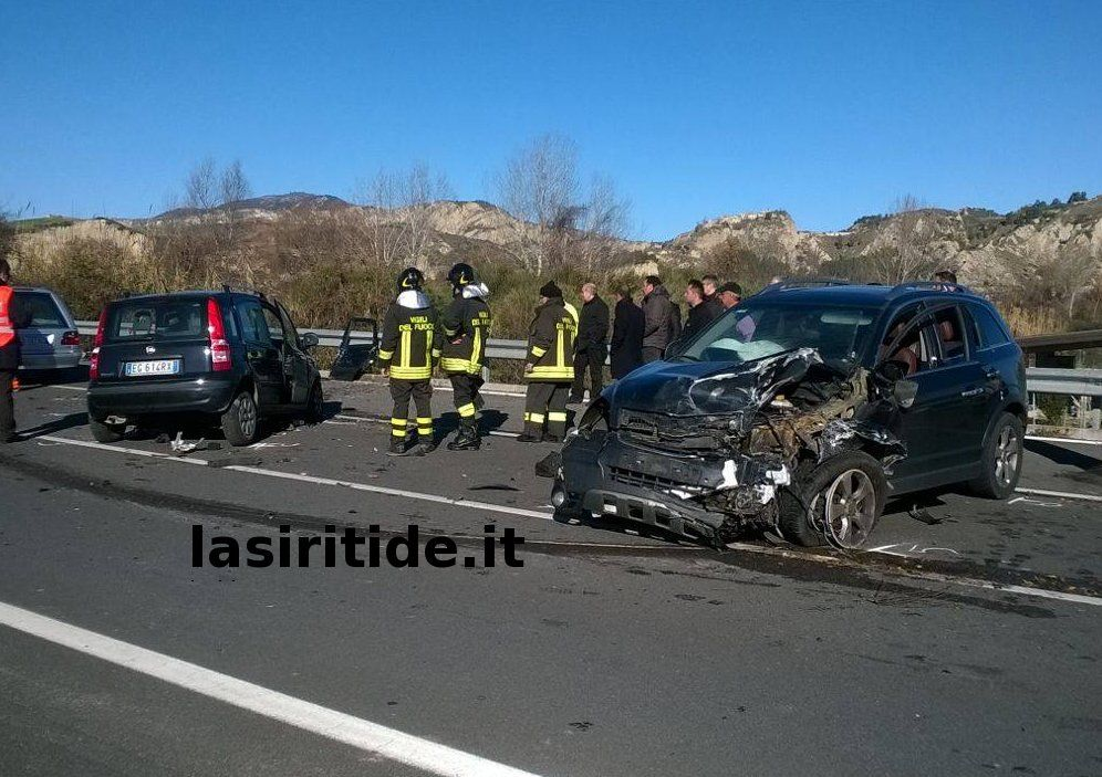 Incidente: un morto sulla Fondovalle Agri all'altezza di San Brancato