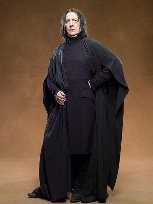 Snape Casts His Spell Harry Potter Kostum Harry Potter Zauberer Severus Snape