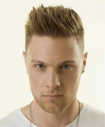 Pin By Laura Juvera On Rostro Oval Mens Hairstyles Cool Hairstyles Straight Blonde Hair
