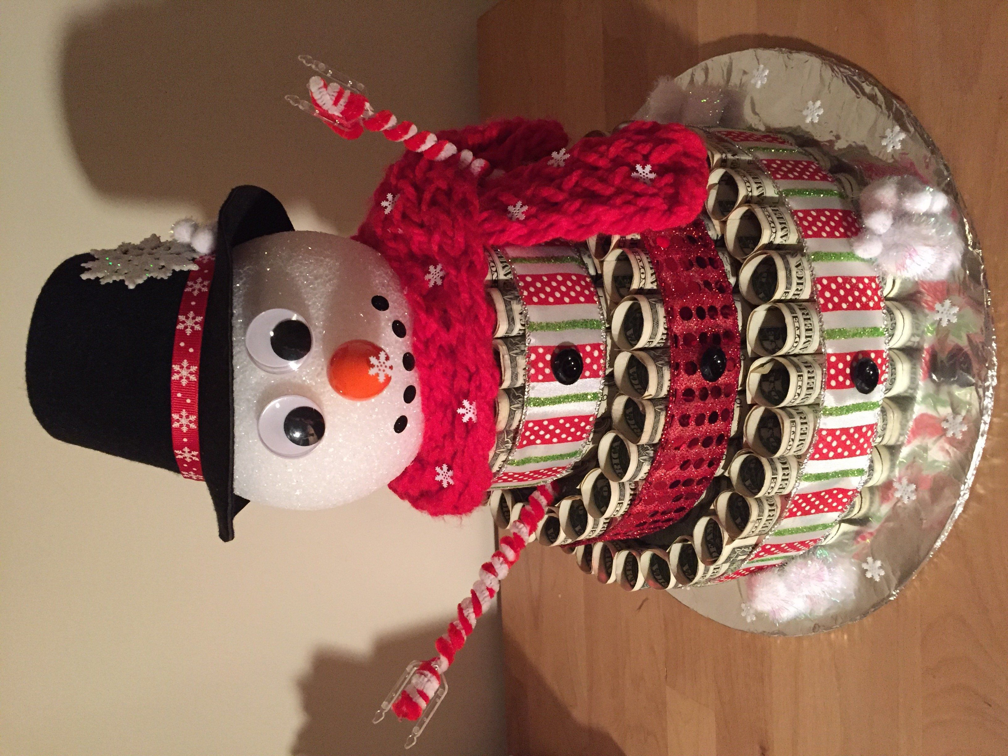 Snowman money cake - Scrapbook.com #crochetformoney Snowman money cake - Scrapbook.com #crochetformoney