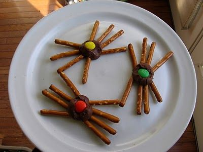 Needle and Spatula: Halloween Spider Treats