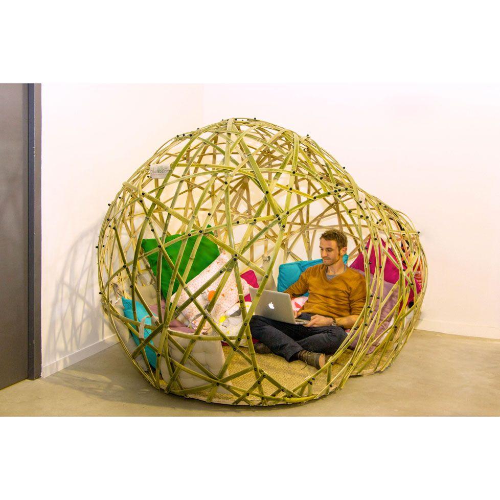 offrez vous un espace cocooning ce cocon en bambou est id al pour am nager un salon une. Black Bedroom Furniture Sets. Home Design Ideas