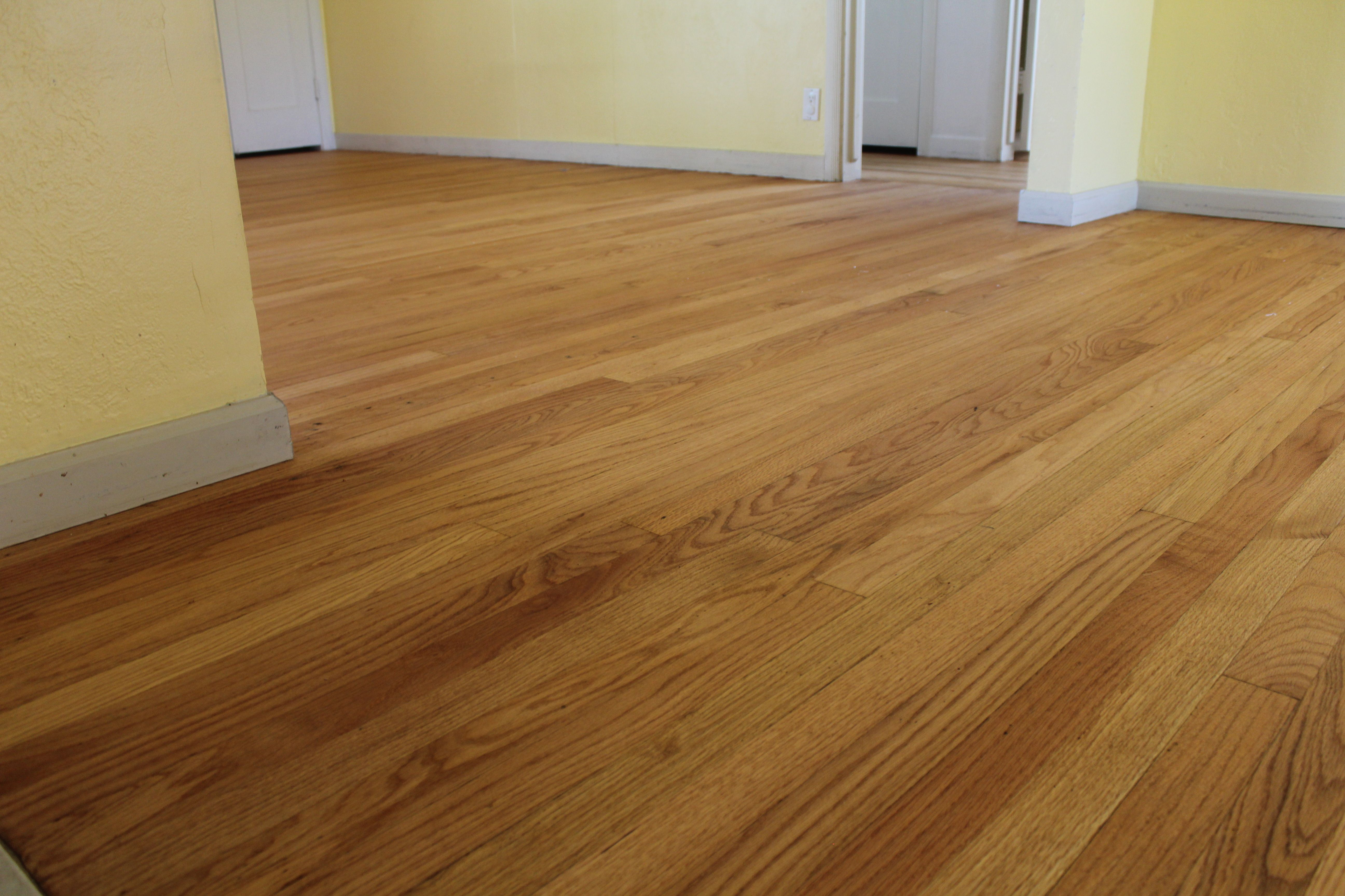 This Is A Picture Of Rubio Monocoat Zero Voc Finish On A Select Red Oak Floor In Sacramento California Red Oak Floors Oak Floors Red Oak