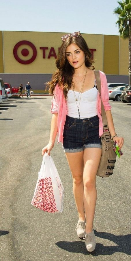 Lucy Hale Love Her Outfit Too Ropa Ropa De Verano Ropa Casual