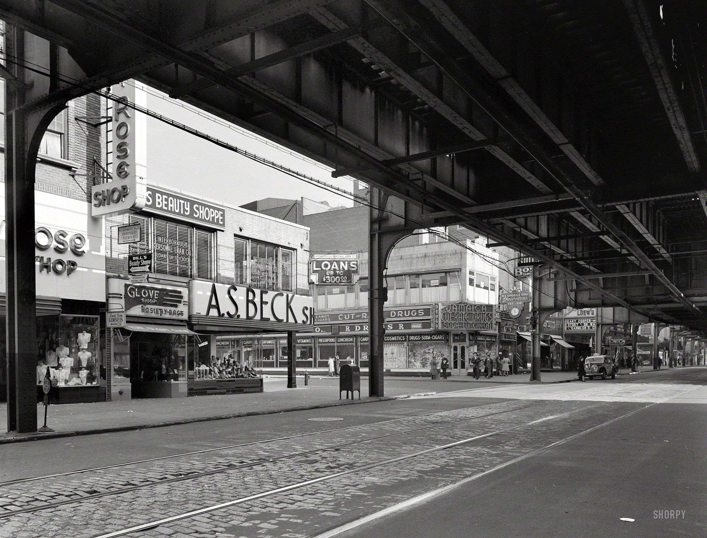 Jamaica Avenue at 165th Street in Queens on November 5, 1944. From under the