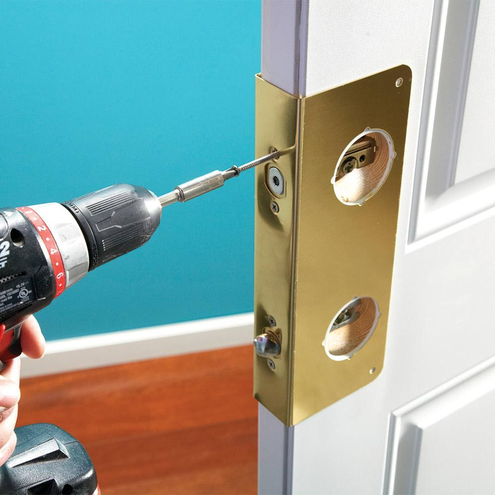 how to unlock a door knob with a card