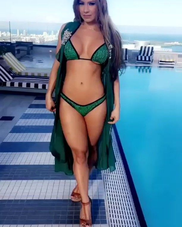 Esperanza Gomez Video