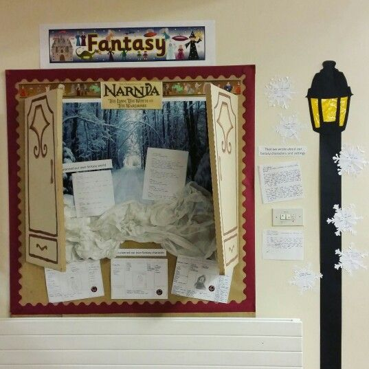 Narnia Fantasy Display  | Lion the witch and the wardrobe ...