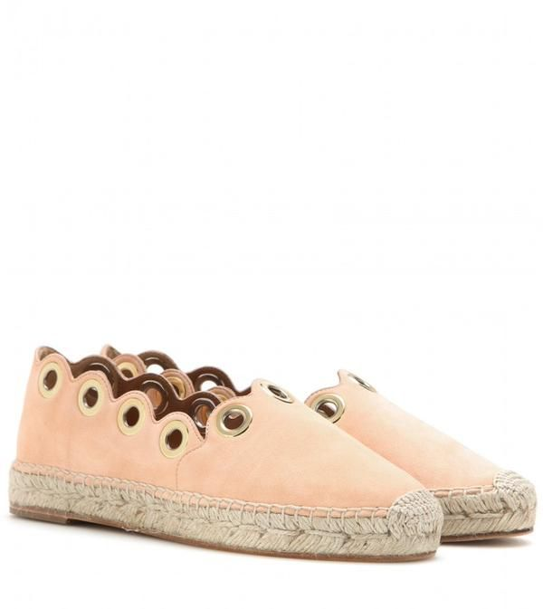 #Shoeoftheday Chloé Suede Scalloped Suede Espadrilles http://bit.ly/1Jt6sqF