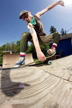 Skatersocks 19吋藍黃條紋款 - 達客街