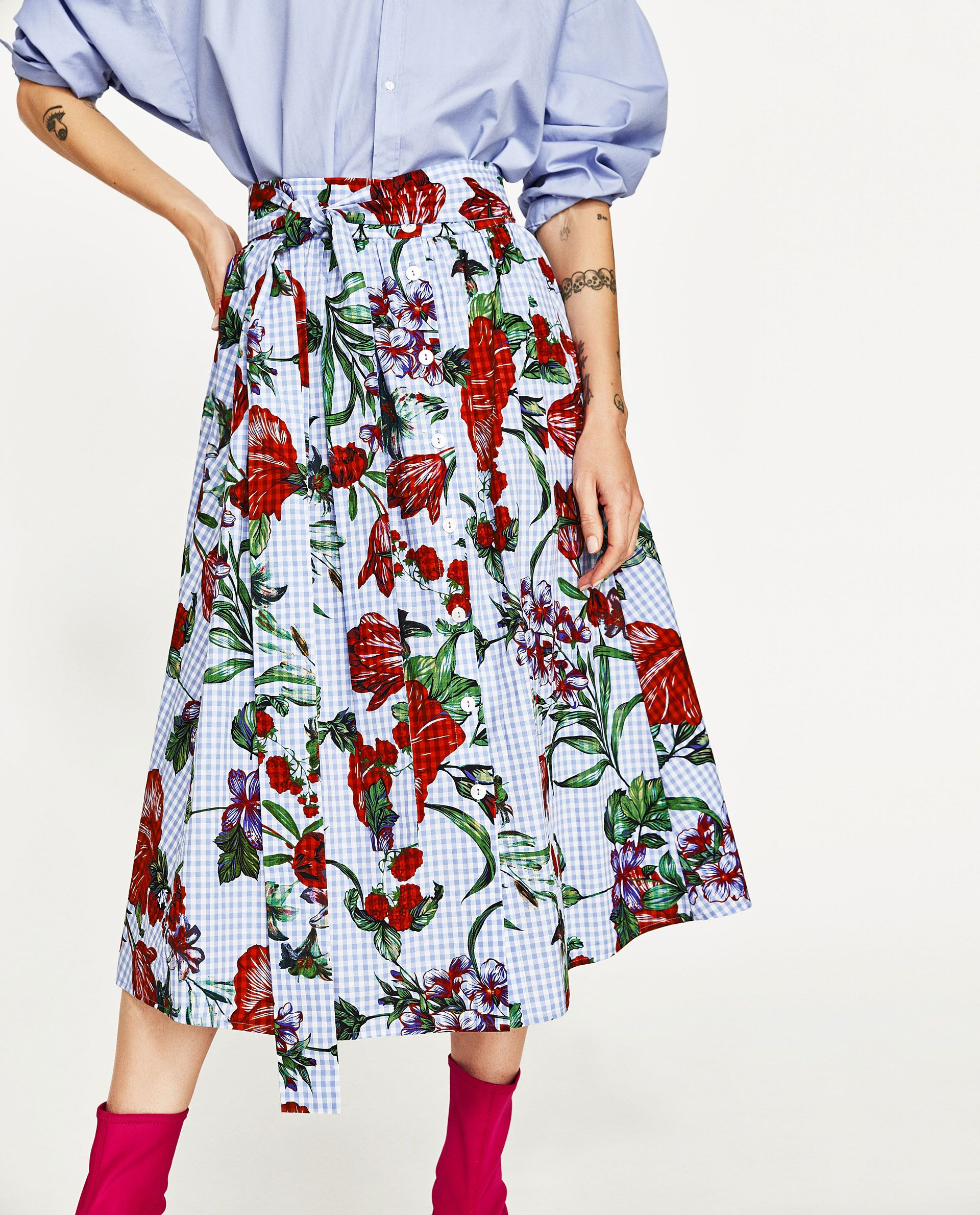 a7db614ba5 Image 2 of FLORAL PRINT GINGHAM SKIRT from Zara | Core style | Maxi ...