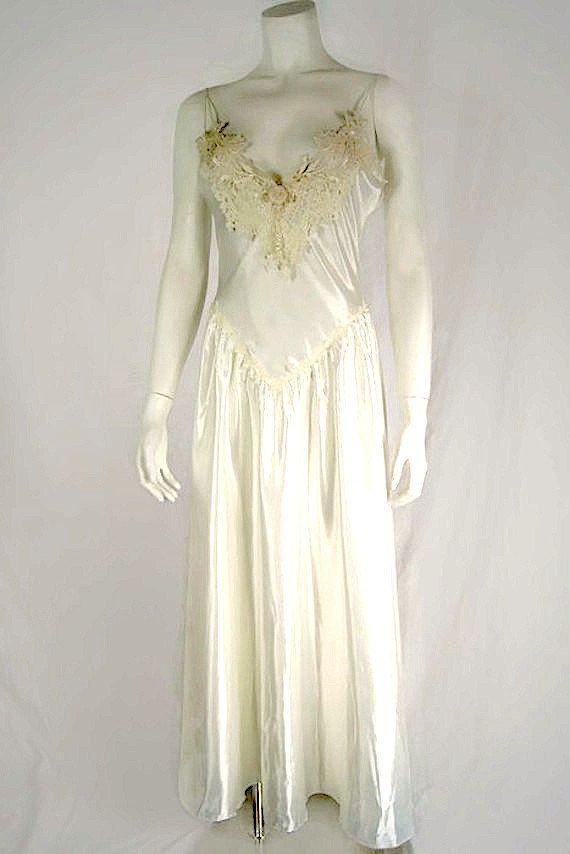 Jonquil by Diane Samandi Vintage White Long Nightgown   Neiman Marcus Lace  Lingerie  2c975eda7