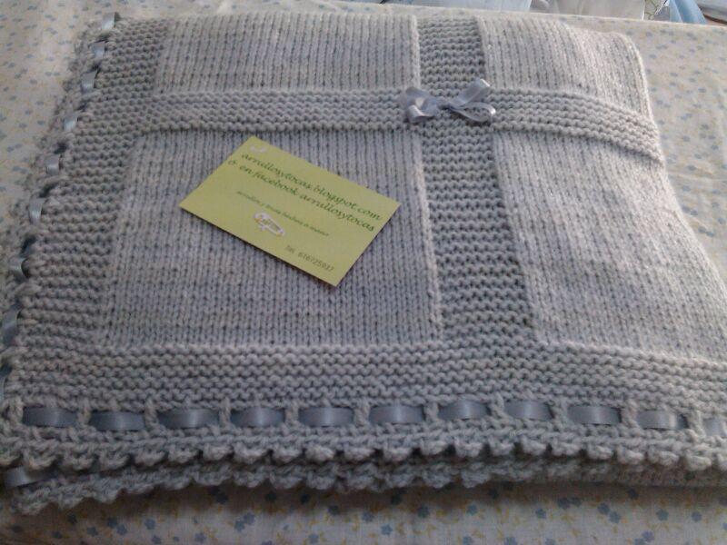 Pin de mercedes cotera en punto knitting mantas bebe for Colchas de punto de lana