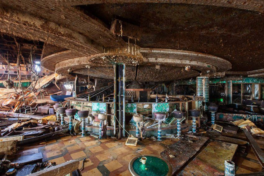 Cruise Liner Costa Concordia Rare Interior Photos, http://itcolossal ...