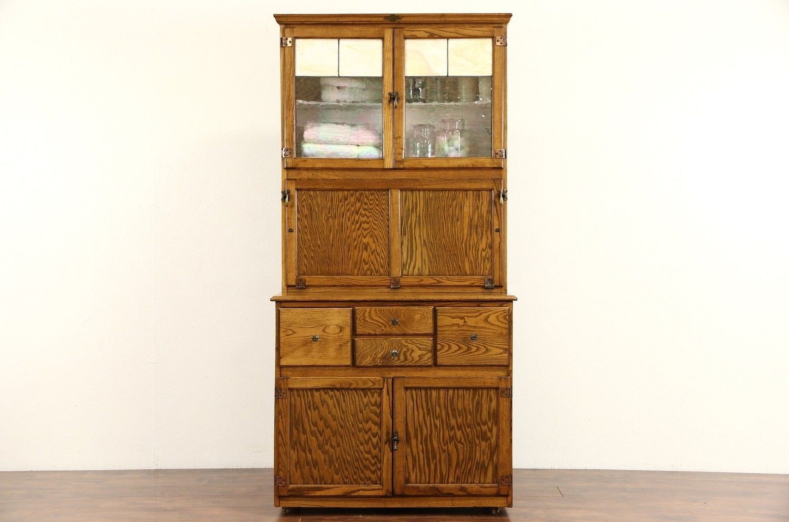 Hygena English 1930 S Oak Vintage Hoosier Kitchen Cupboard Or Physician Cabinet Kitchen Cupboards Oak Kitchen Cabinets Hygena