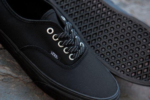 Vans Ballistic Authentic Black