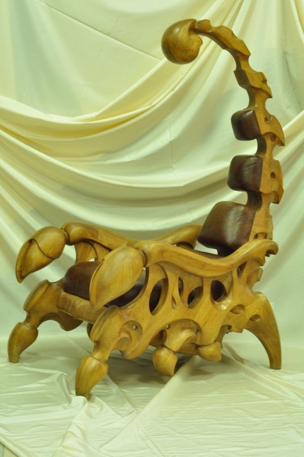 This Scorpion Chair Is Everything I Ve Ever Wanted In An Office Neatorama
