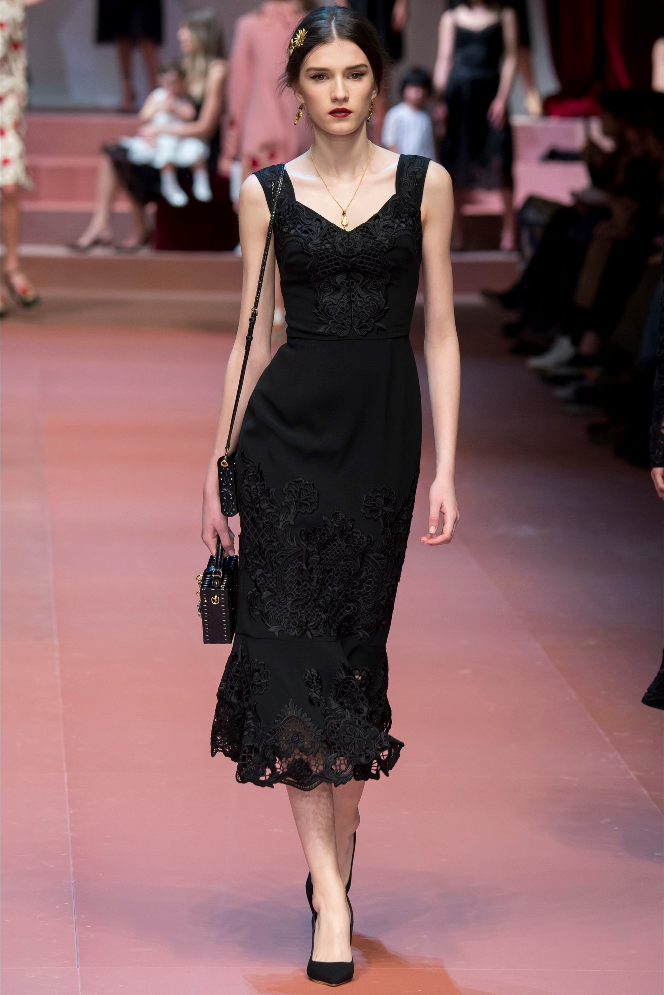 Dolce & Gabbana - Collections Fall Winter 2015-16 - Shows - Vogue.it ...