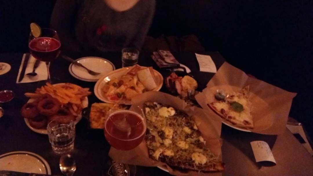 #광화문 #광화문d타워 #파워플랜트 #powerplant  #맛집 #porkbelly #platter  #mascapone #pizza  #piki #pizza #onionring #cheese #frenchfries  #todosburittos #halapionir #cheese #nacho #macandcheese  #beer  2명이서 주문한 음식 4인분 분량 너무배부르다 주문한음식만해도  어니언링 치즈프라이즈 할라피뇨치즈나쵸 토도스치킨부리또 포크벨리플래터 맥앤치즈 무화과포르마지피자 마스카포네피자 모나코 칵테일 워터멜론맥주 로버스트 포터 맥터 by tlsltlsl2s