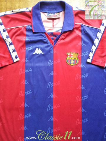 f4dc7eb2f Relive Barcelona s 1993 1994 season with this vintage Kappa home football  shirt.