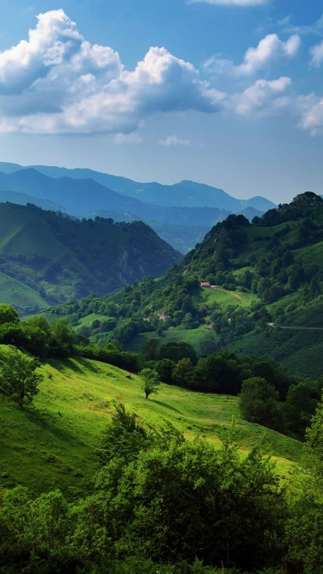 Wallpaper 1080x1920 Cantabrian Mountains - Amazing Green Landscape. Landscapes