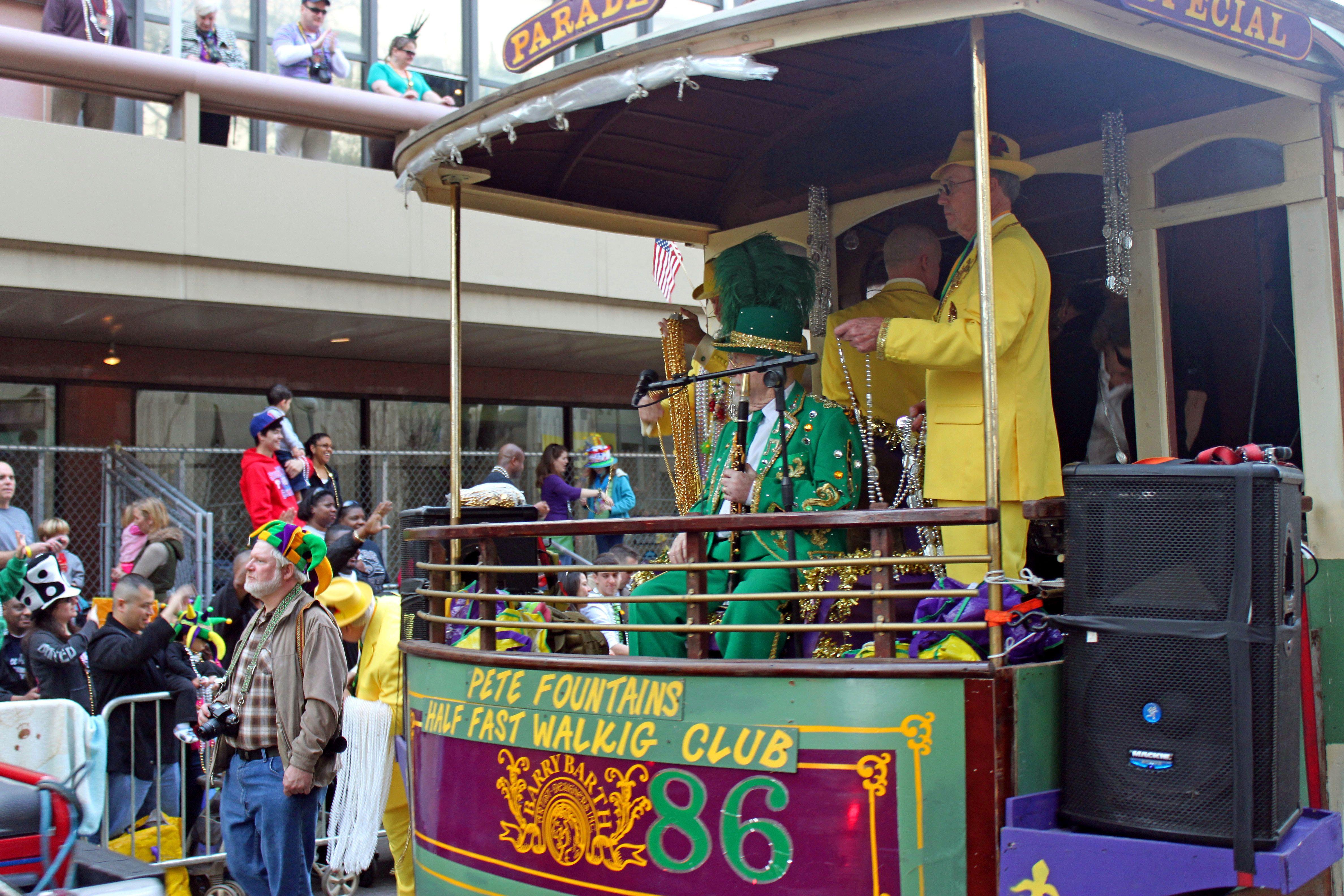 Pin By Fantasy Rv Tours On Mardi Gras Louisanna Usa Tours With Images Usa Tours Louisianna Tours