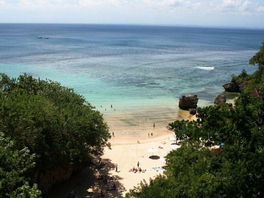 plaža padang padang bali indonezija najbolje plaže pinterest
