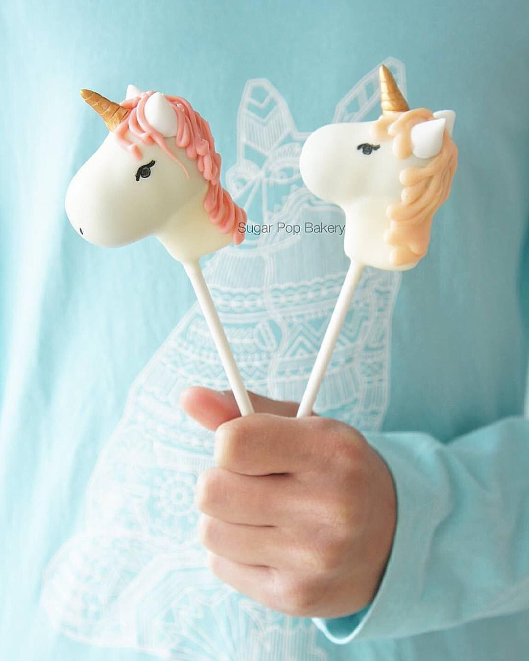 how to make unicorn cake pops