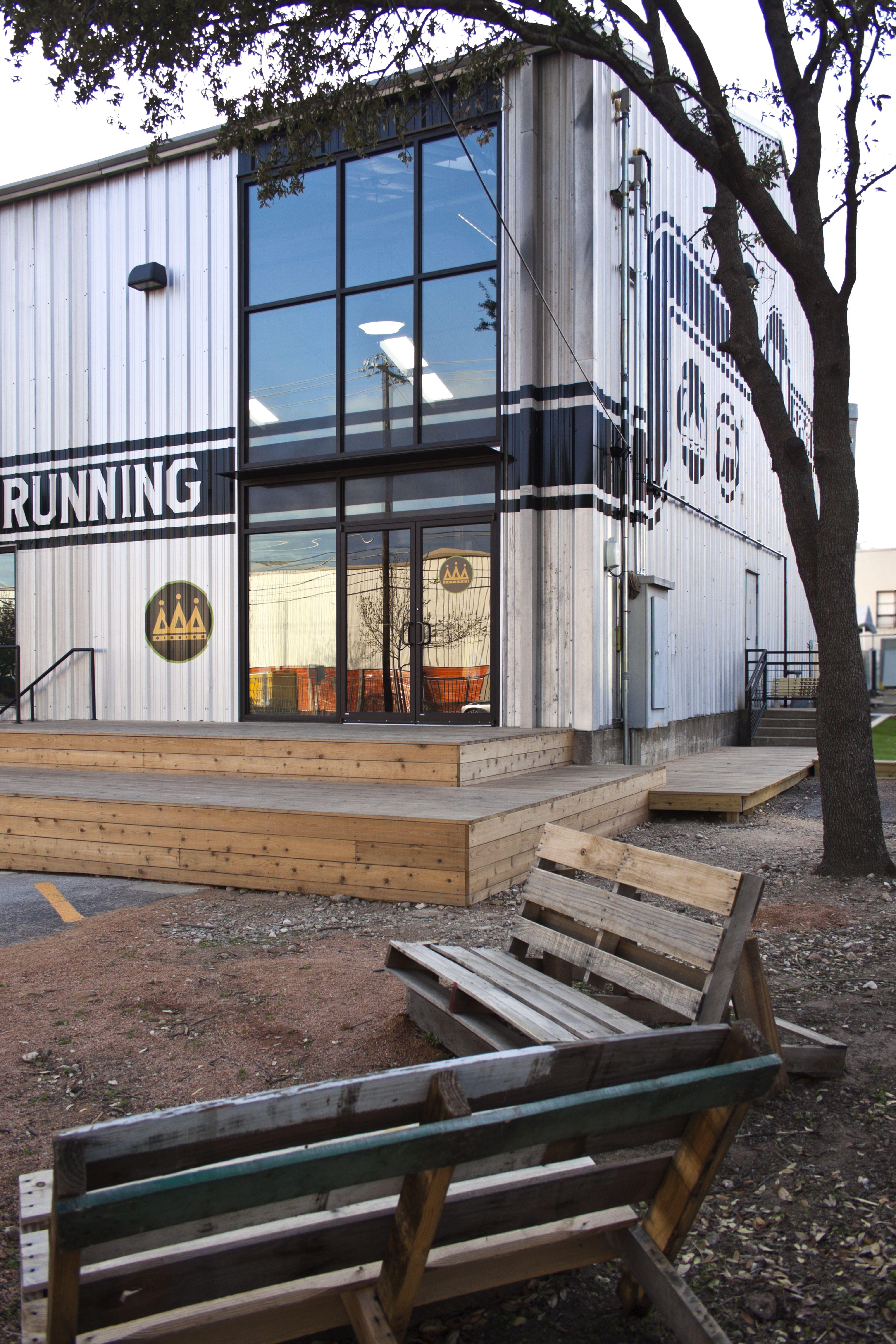 410 Speed Shop. Running Gear Retail Store In Downtown