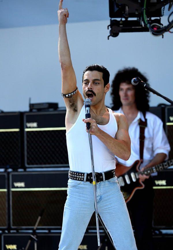 """accras:  """"Rami=Freddie  """""""
