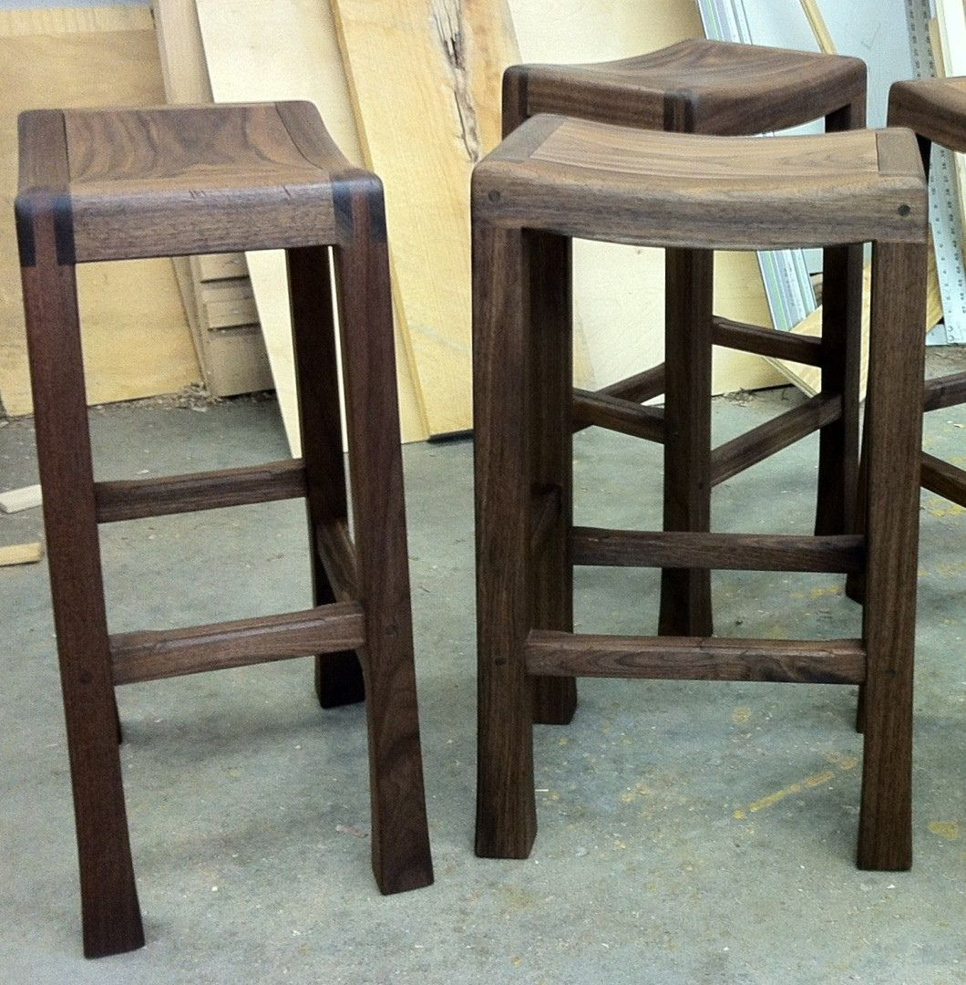 Lovely Bar Height Saddle Stools