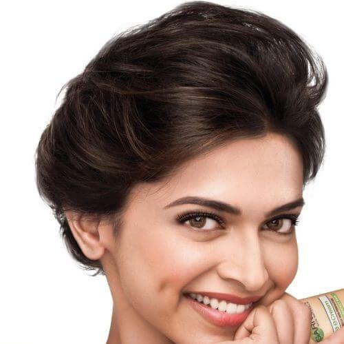 Deepika Padukone With Loose Low Hair Bun Beauty Blender Tips Healthy Dinner Recipes Easy Dimples