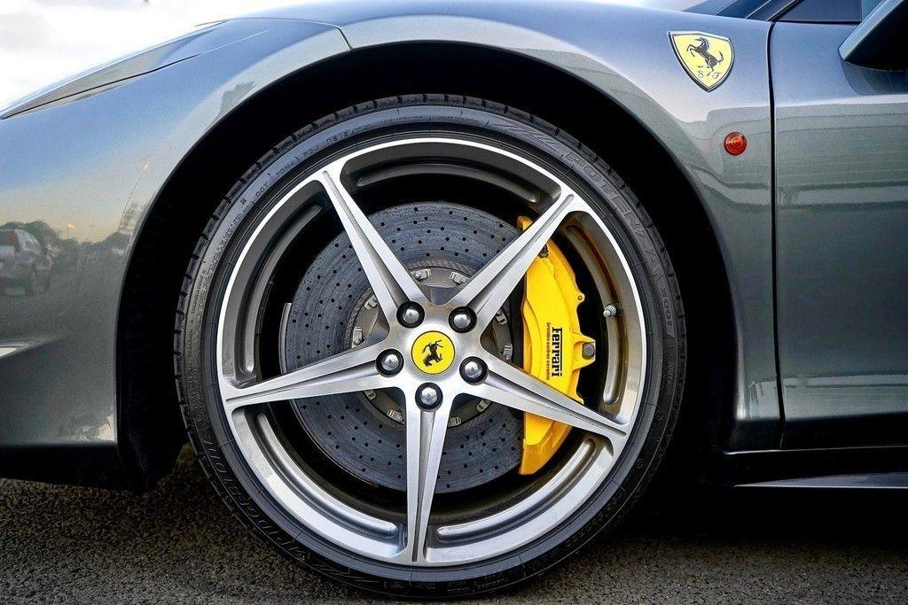 Ferrari Alloy Wheel Car Wallpaper Roda