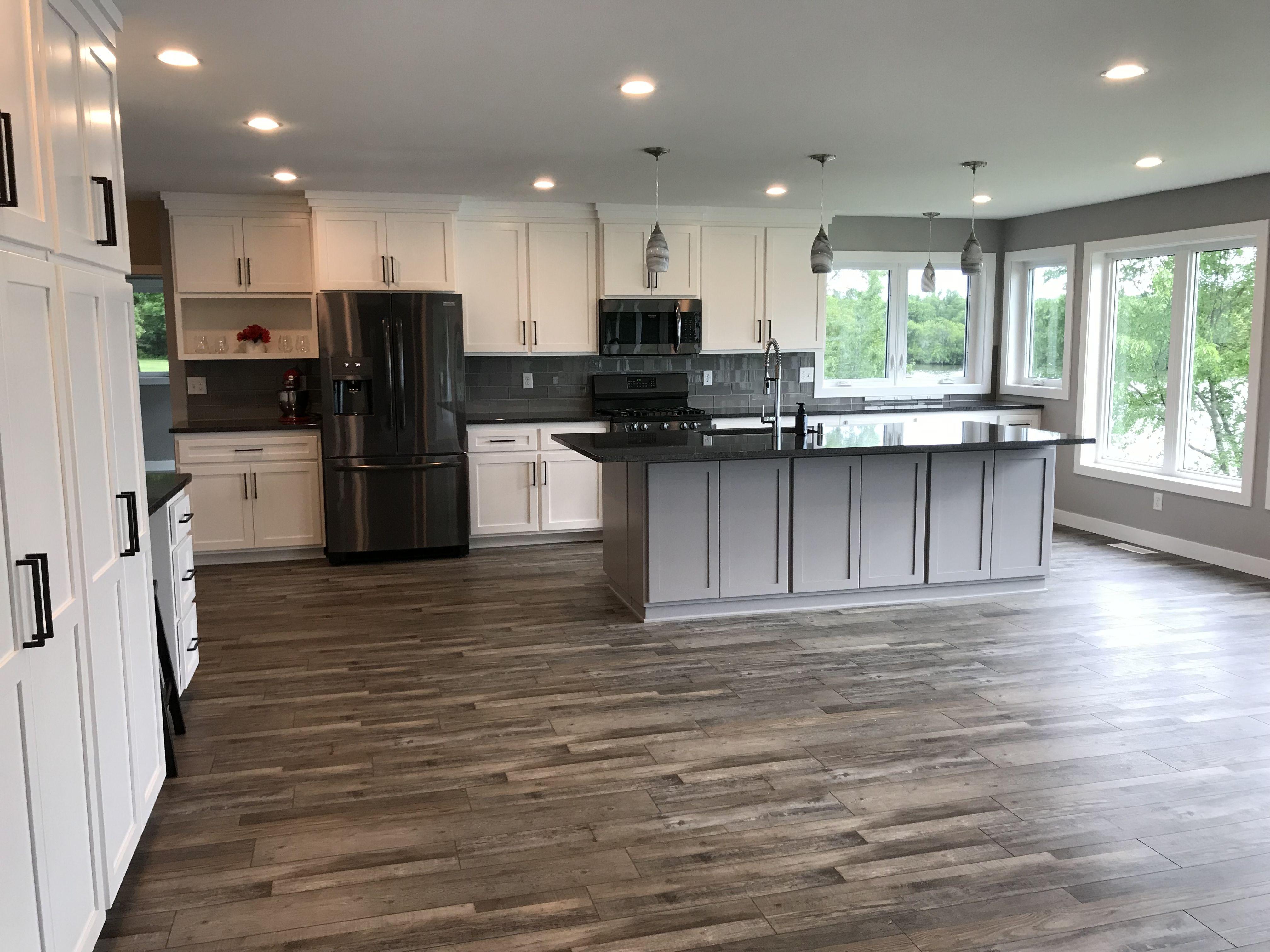 Large Kitchen In 2021 Vinyl Plank Flooring Luxury Vinyl Plank Flooring Large Kitchen