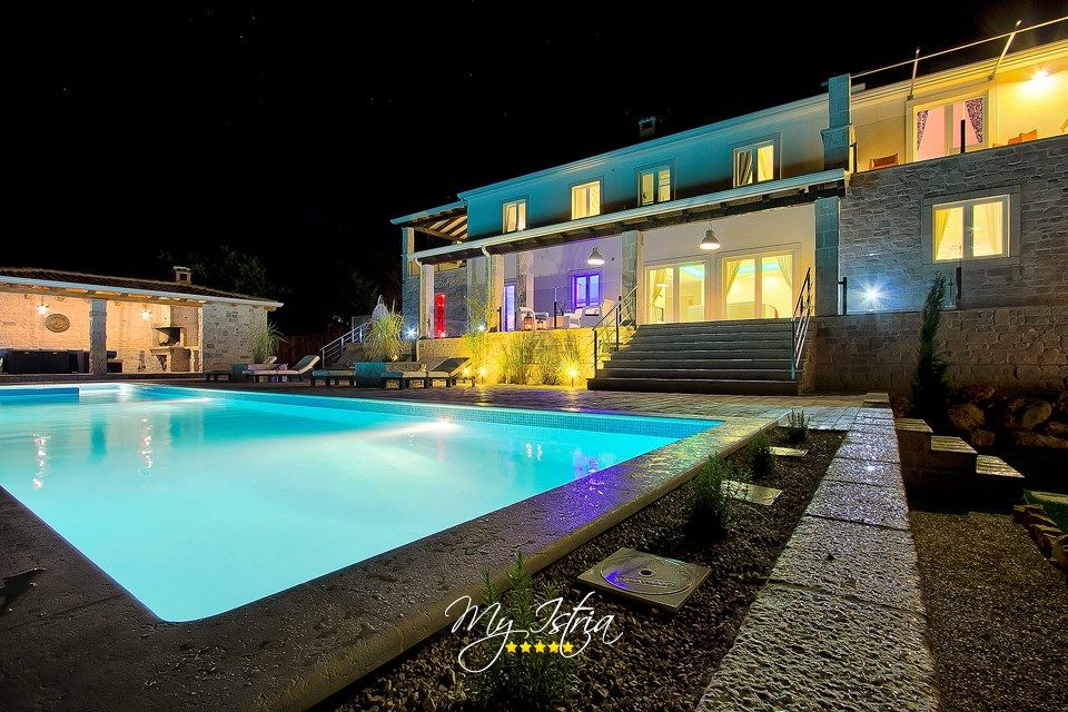 Villa Barbara In Porec For Rent My Istria Villa Porec Big Pools