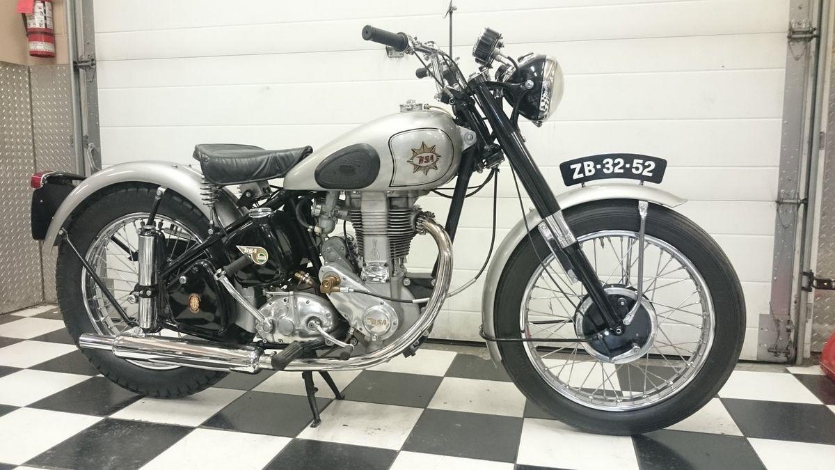1952 Bsa Goldstar Vintage Motorcycle For Sale Via Rocker Co Vintage Motorcycles For Sale Motorcycles For Sale Vintage Bikes