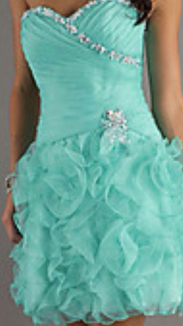 Love the color and the hint of sparkle!! 8th grade promo?