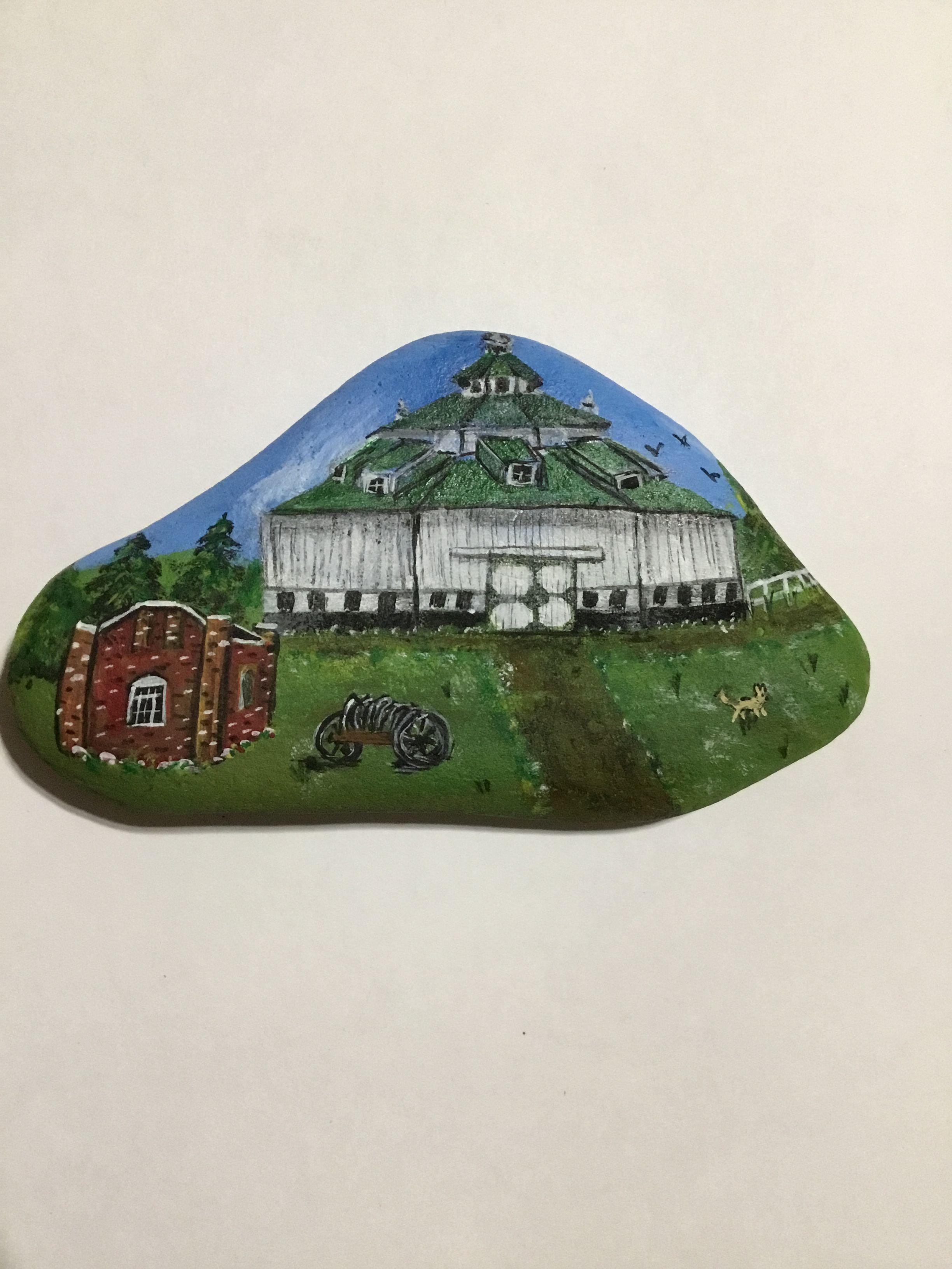 Octagon barn in Gagetown, Michigan | Painted rocks ...