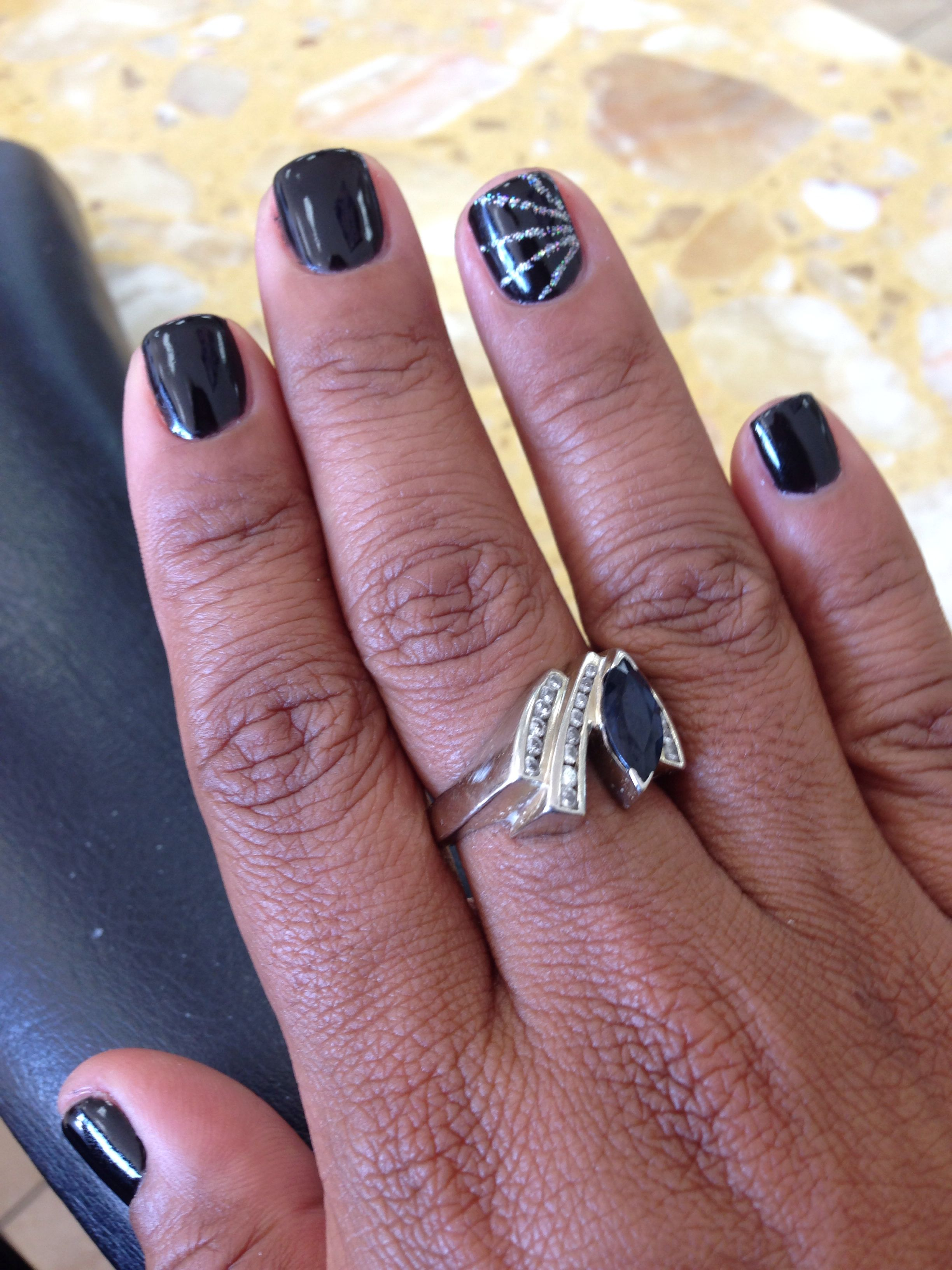 Black gel nails. Silver accents | My Style | Pinterest