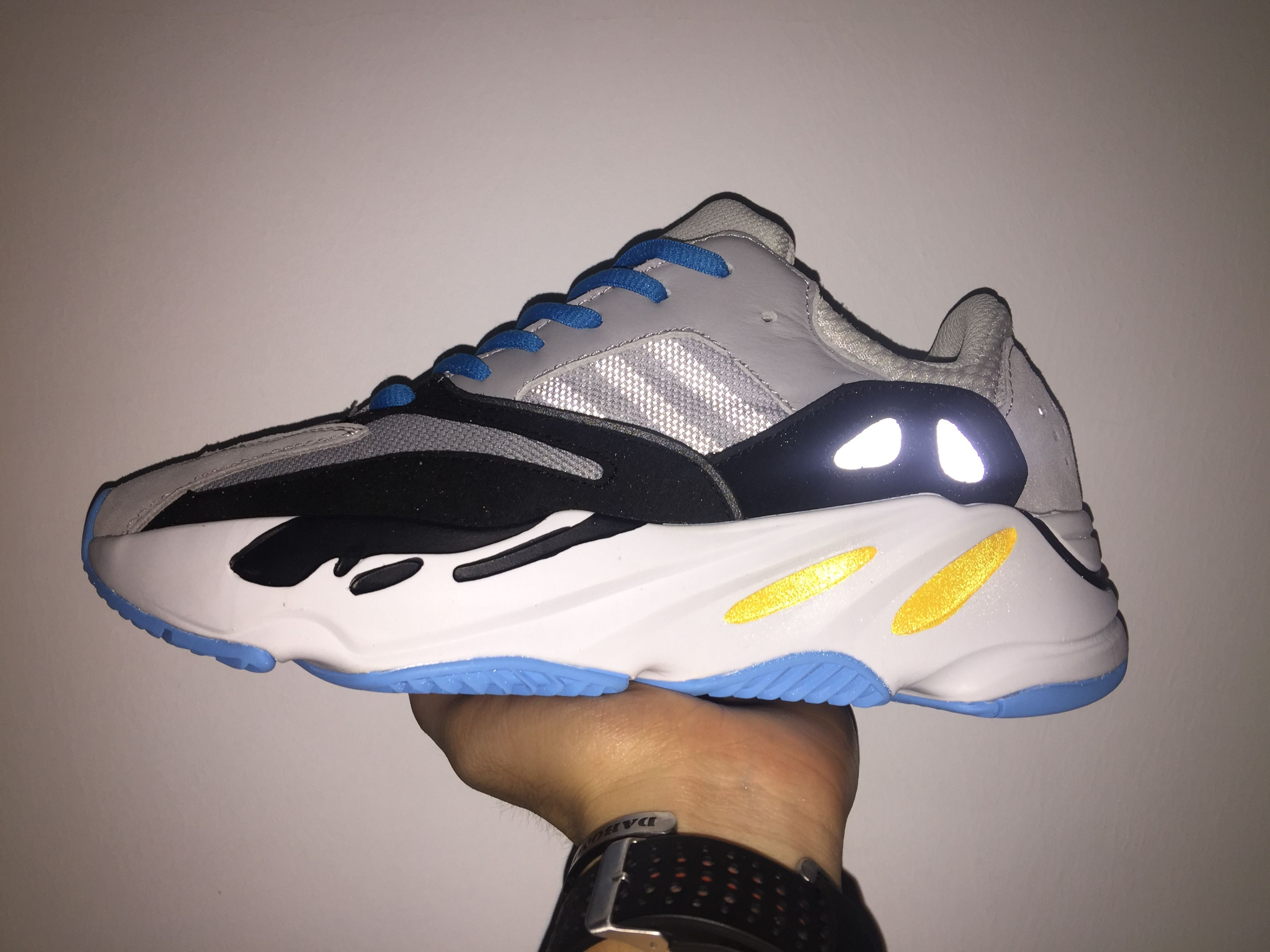 Adidas Yeezy Wave Runner 700 Hot