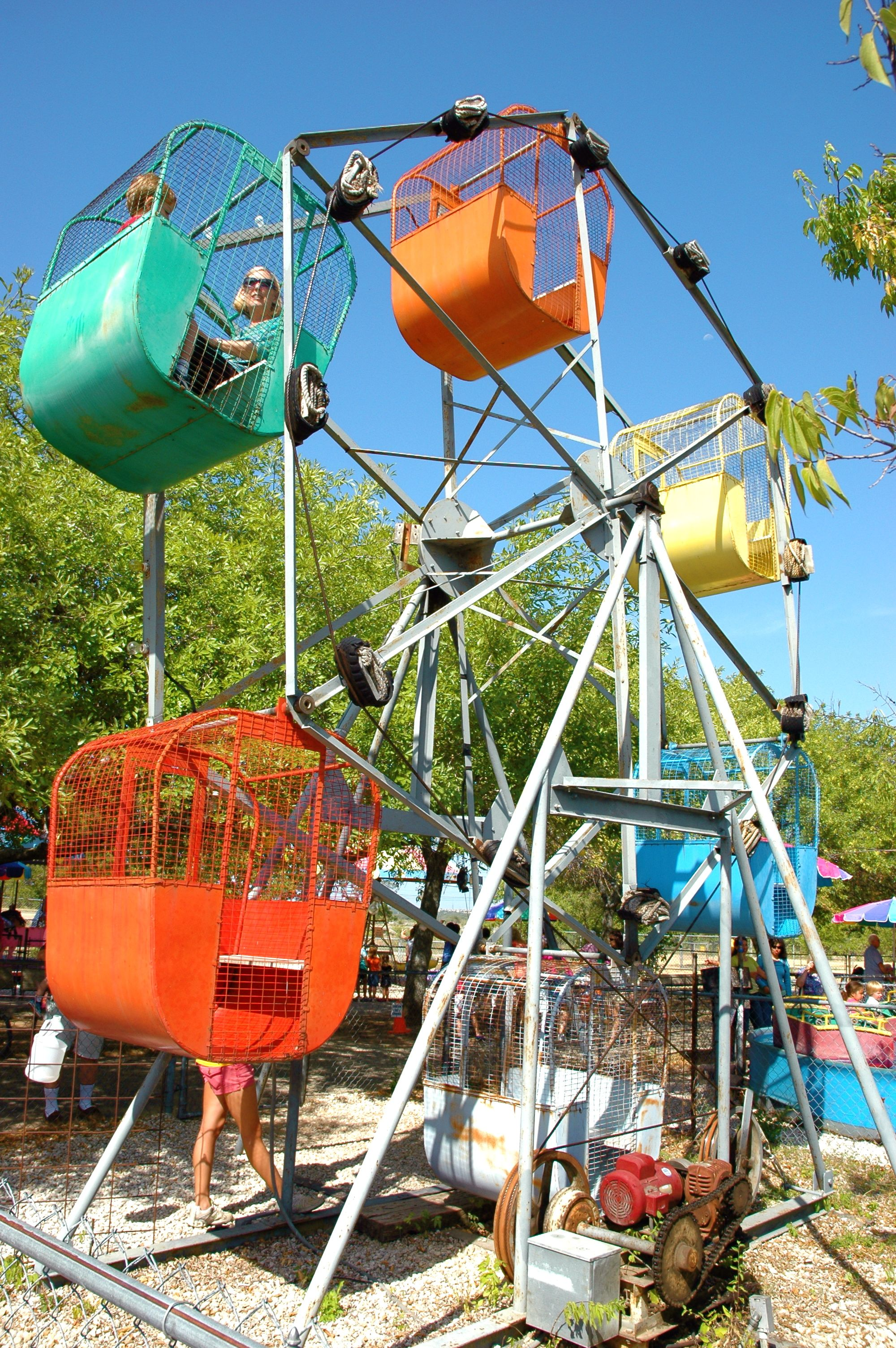 Kiddie Acres  Cheesy Little Kids Amusement Park In Austin Sooo