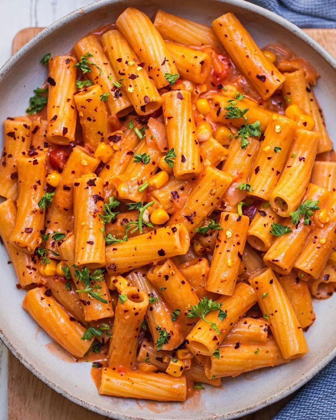 Rigatoni in a Rich and Flavorful Tomato Sauce - Best of Vegan