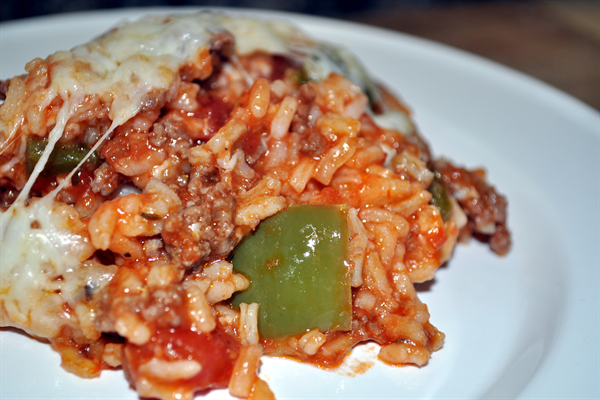 Make A Stuffed Pepper Casserole Just Brown A Pound Of Your Hamburger And One Sliced Onion Drain And Add A Stuffed Peppers Stuffed Pepper Casserole Recipes
