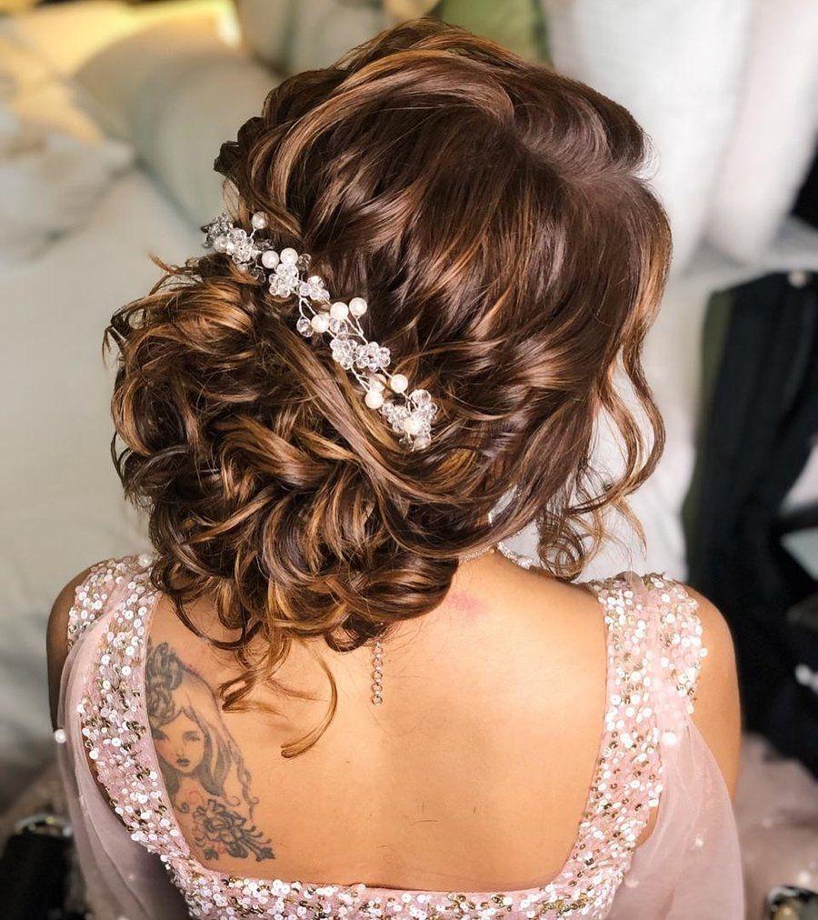 25 Sangeet Hairstyles That Are Beautiful Beyond Words Shaadisaga Bridal Hair Buns Hair Styles Indian Wedding Hairstyles